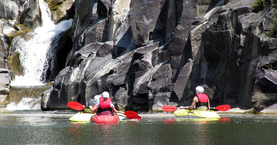 Canoe excursions along the Fiora river